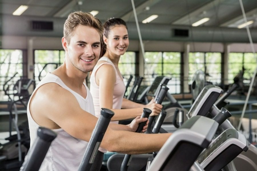 weight loss counselling wolverhampton - active couple at the gym